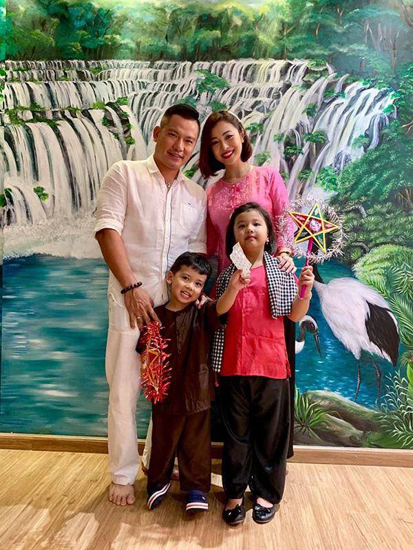 Mới ngày nào còn bé cưng, con gái duy nhất của Jennifer Phạm nay đã 6 tuổi và cực ra dáng hoa hậu tương lai - Ảnh 1.