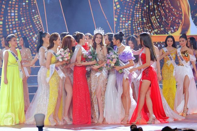 Rộ tin đồn câu hỏi ứng xử của chung kết Hoa hậu Hoàn vũ VN 2019 bị lộ trước giờ G, các thí sinh đều được chuẩn bị trước? - Ảnh 3.