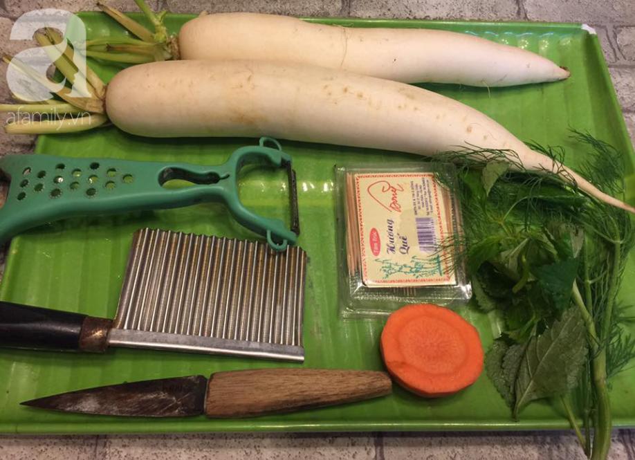 Biến củ cải trắng thành cúc họa mi đẹp tinh khiết với cách tỉa thật dễ dàng - Ảnh 2.