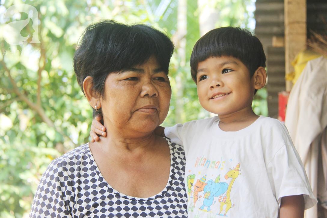 Nụ cười hạnh phúc của 11 đứa trẻ bị bố mẹ bỏ rơi: Tụi con có nhà mới và được đi học tiếp - Ảnh 10.