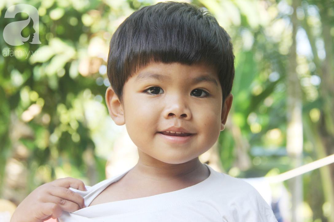 Nụ cười hạnh phúc của 11 đứa trẻ bị bố mẹ bỏ rơi: Tụi con có nhà mới và được đi học tiếp - Ảnh 5.