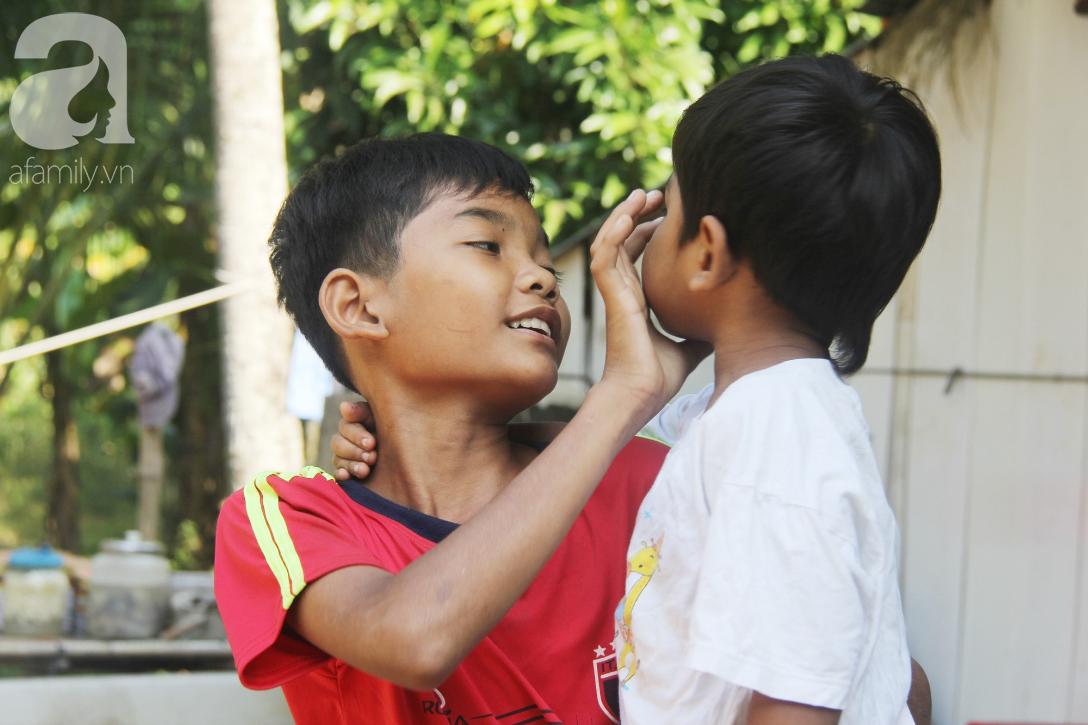 Nụ cười hạnh phúc của 11 đứa trẻ bị bố mẹ bỏ rơi: Tụi con có nhà mới và được đi học tiếp - Ảnh 13.