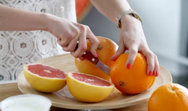 Tận dụng ngay loại trái cây thường ăn nhiều dịp đầu năm này để chữa bệnh lại giúp diệt gọn mỡ thừa - Ảnh 3.
