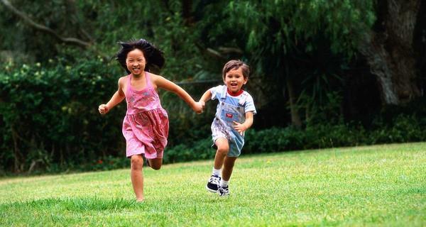 """Đầu năm """"học lỏm"""" ngay 5 phương pháp dạy con trở thành đứa trẻ tự tin của những ông bố bà mẹ thông thái - Ảnh 4."""