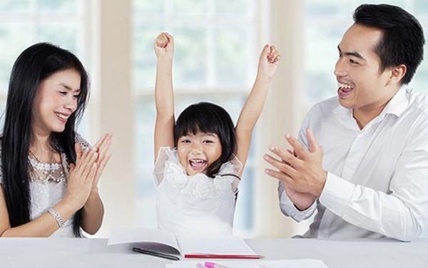 """Đầu năm """"học lỏm"""" ngay 5 phương pháp dạy con trở thành đứa trẻ tự tin của những ông bố bà mẹ thông thái - Ảnh 2."""