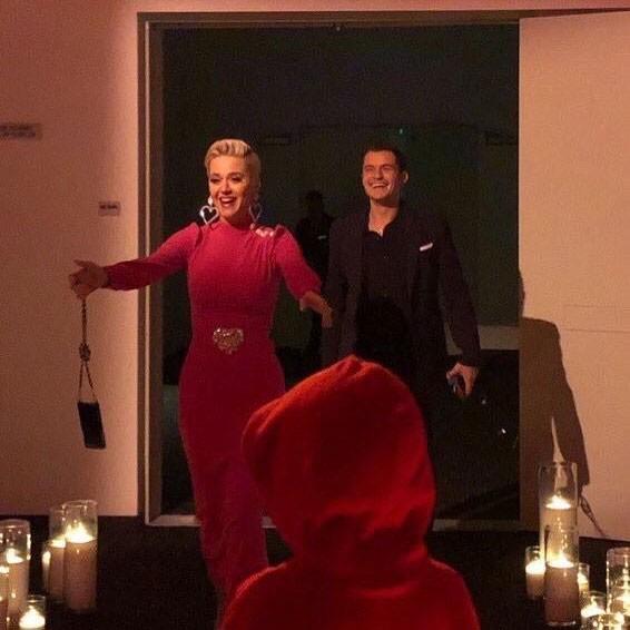 Cướp biển Orlando Bloom chính thức cầu hôn Katy Perry sau 6 năm ly hôn Miranda Kerr - Ảnh 1.