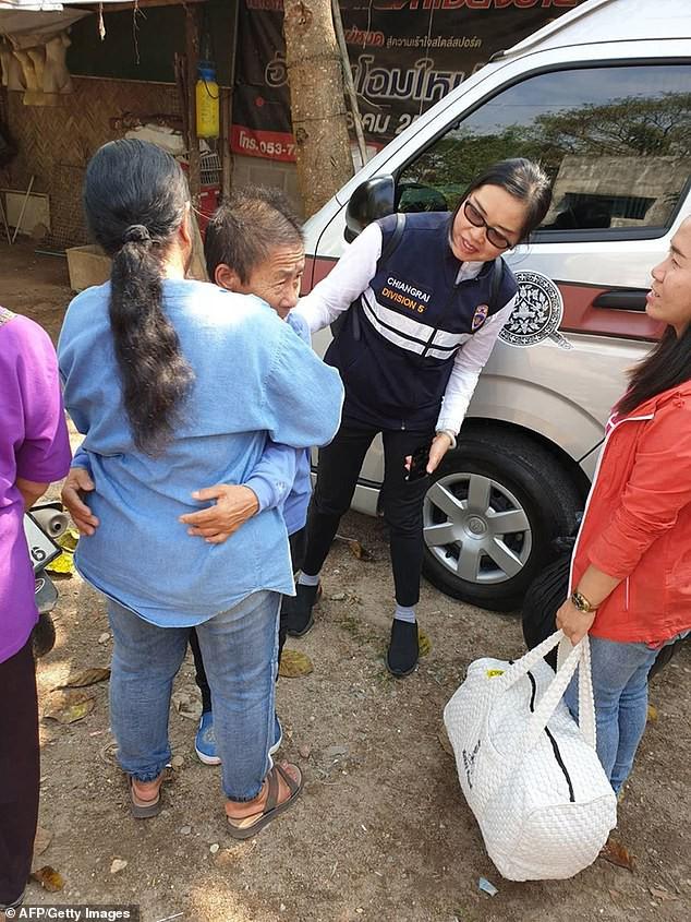 Người phụ nữ Thái Lan đi gặp con trai rồi mất tích, 8 tháng sau bà bỗng xuất hiện khi đang đi lạc ở... Trung Quốc - Ảnh 2.