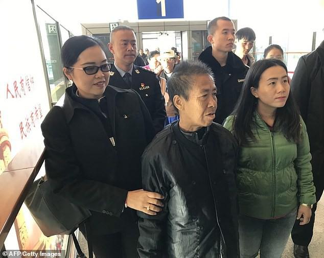 Người phụ nữ Thái Lan đi gặp con trai rồi mất tích, 8 tháng sau bà bỗng xuất hiện khi đang đi lạc ở... Trung Quốc - Ảnh 3.