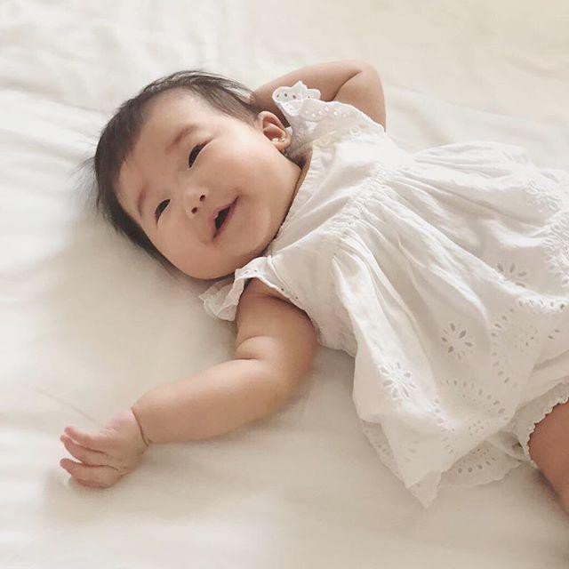 Lộ diện cháu gái của Tăng Thanh Hà: Mắt hí, má bánh bao ai thấy cũng yêu - Ảnh 4.