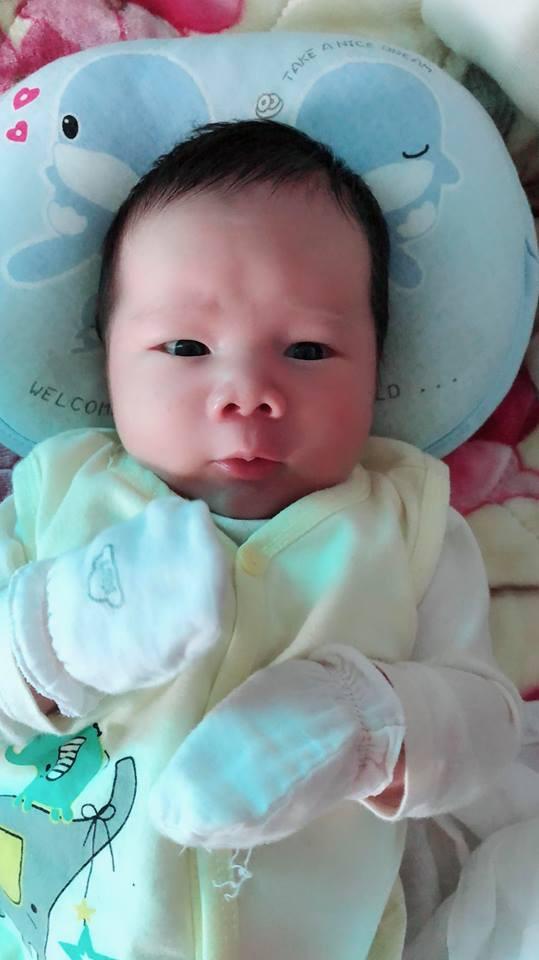 Mẹ 9X sinh thường bé nặng 4,4kg có bí quyết cực hay để con bụ bẫm, còn mẹ lại chỉ thon gọn thế này - Ảnh 12.