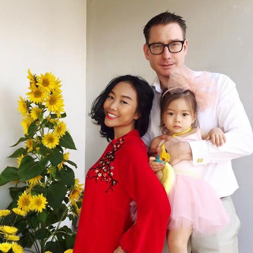 Hồ Ngọc Hà, Noo Phước Thịnh, Trương Quỳnh Anh cùng dàn sao Việt dành những lời chúc tốt đẹp nhất đến độc giả  - Ảnh 3.