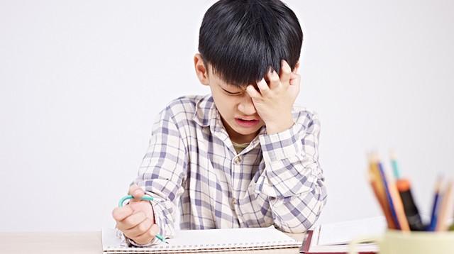 7 điều cha mẹ hay làm tưởng tốt cho con nhưng hóa ra đang hại tương lai sau này của trẻ - Ảnh 3.