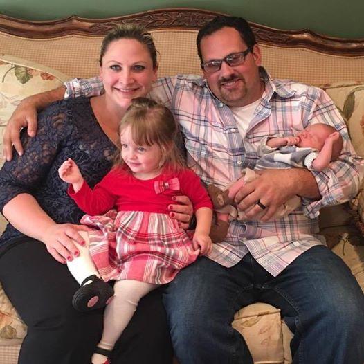 Tưởng bị bệnh trĩ nhưng hóa ra là triệu chứng ung thư đại trực tràng: Câu chuyện cảnh báo của bà mẹ 2 con - Ảnh 2.