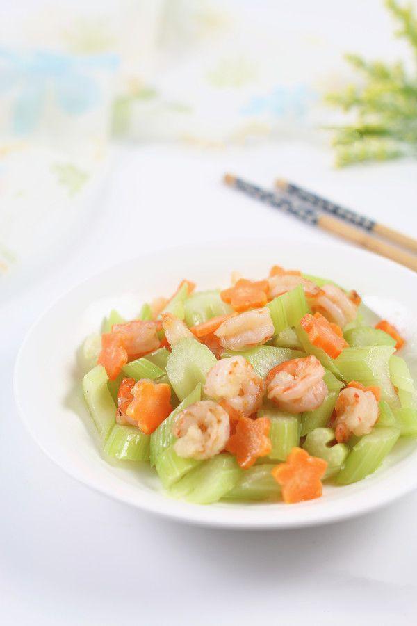 Bữa tối mà lười thì chỉ cần mỗi đĩa rau củ xào tôm ăn với cơm là ngon và đủ chất - Ảnh 5.