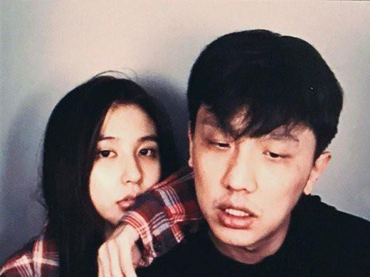 Giữa bê bối của Seungri, cựu thành viên của YG nhận án phạt 4 năm tù treo vì hút và tàng trữ ma túy  - Ảnh 1.