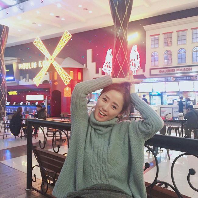 2 mẹ con hotgirl Hàn Quốc gây sốt MXH sau 3 năm: Từng trông như chị em nhưng nhan sắc hiện tại lại quá khác biệt - Ảnh 5.