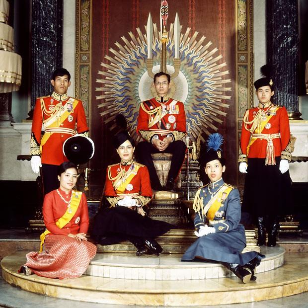 3 nàng công chúa nổi tiếng Thái Lan: Nhan sắc ở mức thường thường bậc trung nhưng ai cũng phải kiêng nể, đến đấng mày râu cũng nghiêng mình bái phục vì điều này - Ảnh 1.