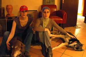 Bí ẩn cuộc sống phía sau cánh cửa cung điện nguy nga: 4 nàng công chúa Ả Rập Saudi bị chính vua cha giam cầm, vùng vẫy không tìm được lối thoát - Ảnh 5.