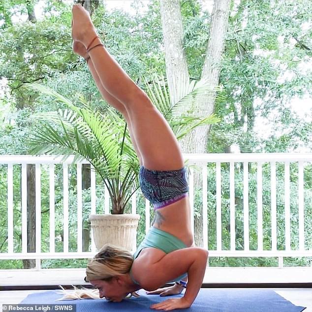 Đang tập yoga hăng say, người phụ nữ bất ngờ bị đột quỵ vì thực hiện động tác này - Ảnh 4.