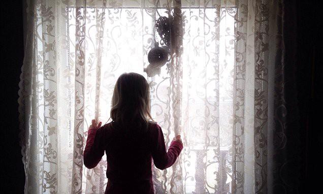 Nữ sinh 16 tuổi mất tích bí ẩn, cảnh sát mất gần 1 tháng mới tìm ra, hé lộ âm mưu rợn người của gã tài xế taxi xây hẳn hầm để cưỡng hiếp phụ nữ - Ảnh 3.