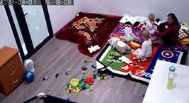 Vụ camera ghi lại cảnh giúp việc tát, quật ngã bé trai 2 tuổi ở Hà Nội: Tôi đối xử với bà ấy không thiếu thứ gì - Ảnh 4.
