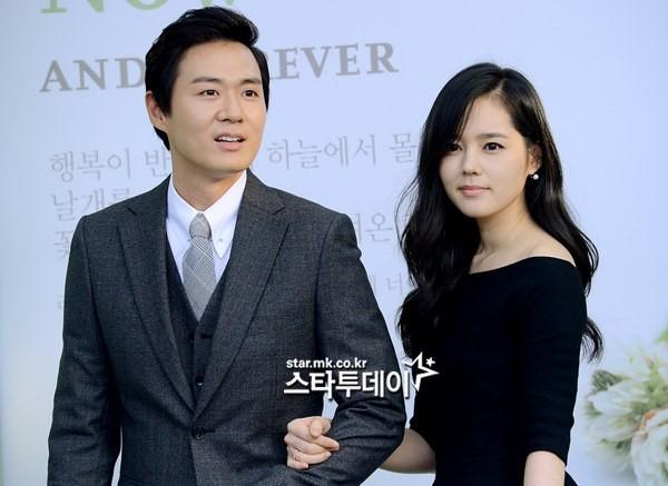Bất ngờ tuyên bố Han Ga In mang thai ngay tại lễ trao giải, tài tử gia thế khủng tiết lộ câu chuyện đằng sau đó - Ảnh 1.