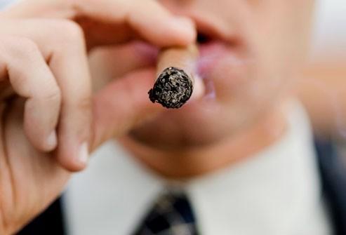 Quan niệm sai lầm về những nguy cơ dẫn tới ung thư phổi - Ảnh 6.