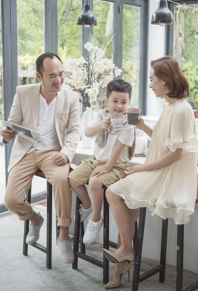 Tiến Luật: Tôi làm Thu Trang khóc nhiều lần, vợ mua cho đồng hồ 55 triệu tôi cũng quăng mất vì ham vui  - Ảnh 6.
