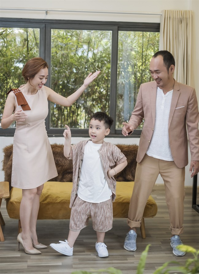 Tiến Luật: Tôi làm Thu Trang khóc nhiều lần, vợ mua cho đồng hồ 55 triệu tôi cũng quăng mất vì ham vui  - Ảnh 10.