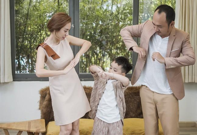 Tiến Luật: Tôi làm Thu Trang khóc nhiều lần, vợ mua cho đồng hồ 55 triệu tôi cũng quăng mất vì ham vui  - Ảnh 12.