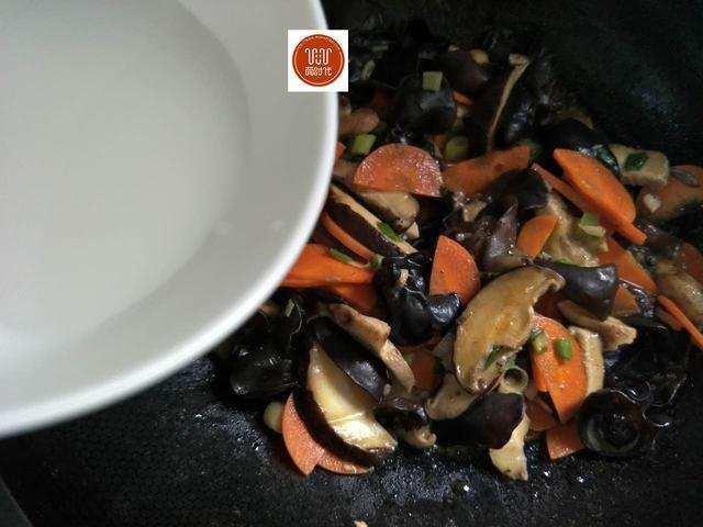Món ăn làm sạch mạch máu, thông đường ruột nổi tiếng Đông y chỉ với 3 thực phẩm bình dân - Ảnh 10.