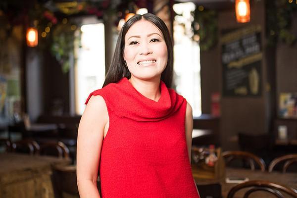Từ khoản nợ 900.000 USD thành bà chủ đế chế thực phẩm của người phụ nữ gốc Việt - Ảnh 3.