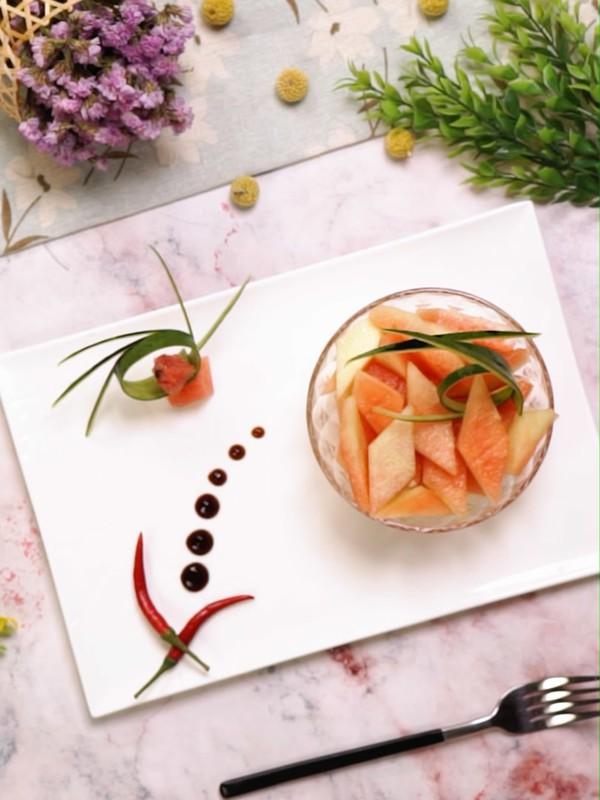 Gọt dưa hấu các mẹ đừng vứt cùi, làm món salad này ăn ngon mà giảm cân chuẩn lắm! - Ảnh 4.