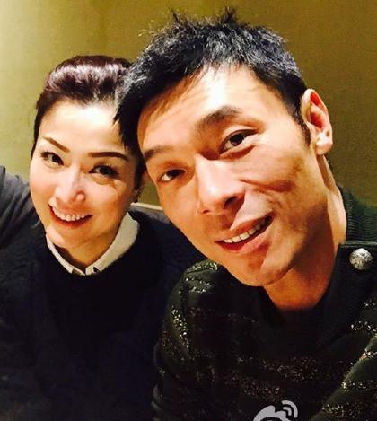 Diva Hong Kong Trịnh Tú Văn: Sau 22 năm tan hợp, 7 lần được cầu hôn, ngỡ viên mãn nhưng vẫn bị chồng cắm sừng khi đang bệnh trầm cảm - Ảnh 4.