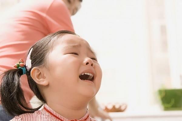 Thấu hiểu con để dập tắt những cơn mè nheo, ỉ ôi, khóc lóc - Việc cha mẹ tưởng khó mà hóa ra lại dễ vô cùng - Ảnh 4.