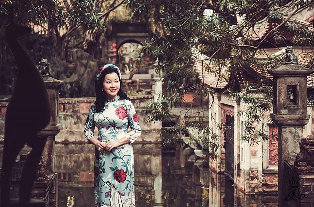 Á hậu Huyền My đi Hàn Quốc công tác, khoe ảnh xinh nhưng tất cả dồn chú ý vào nhan sắc người mẹ U50 - Ảnh 6.
