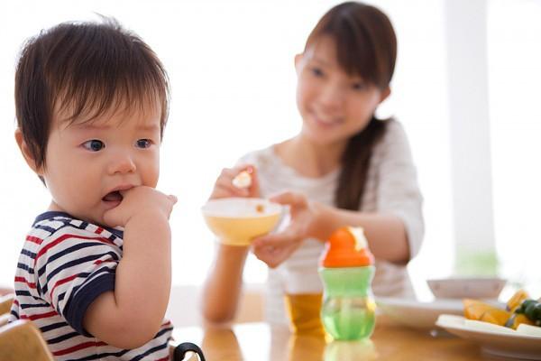 Con hết biếng ăn ngay khi mẹ biết cách bổ sung những vi chất này - Ảnh 1.