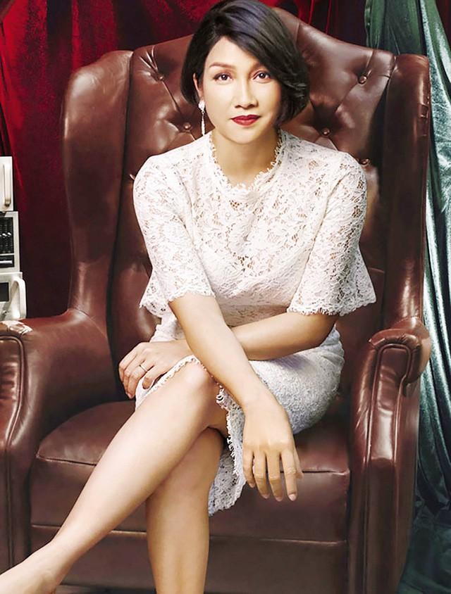 Đường hôn nhân của 4 Diva Việt: Người xấu lạ thì yên ổn với cuộc hôn nhân duy nhất, người hồng nhan thì lận đận truân chuyên để tuổi 50 vẫn cô đơn - Ảnh 9.