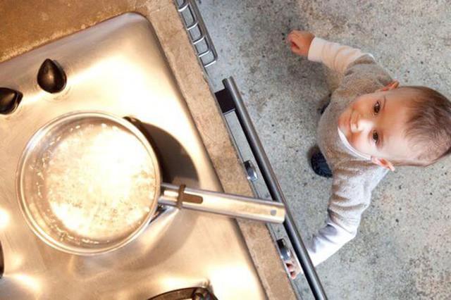 Đây là phương pháp sơ cứu vết bỏng chuẩn nhất cho trẻ nhỏ mà bố mẹ rất nên nhớ - Ảnh 5.