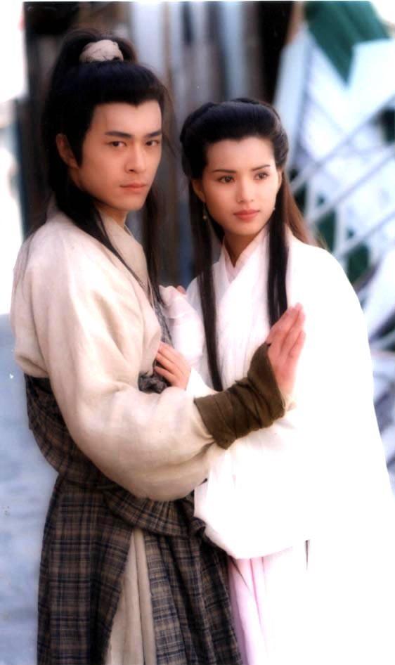 Cổ Thiên Lạc và Lý Nhược Đồng: Dương Quá và Cô Long đi vào huyền thoại vì quá đẹp nhưng nhan sắc đối nghịch tuổi xế chiều - Ảnh 2.