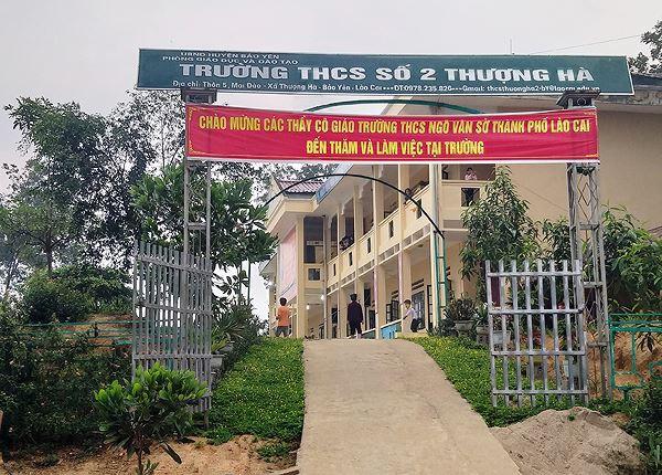 Vụ nữ sinh mang thai ở Lào Cai: Nạn nhân bị thầy giáo dụ dỗ quan hệ từ khi học lớp 7 - Ảnh 2.