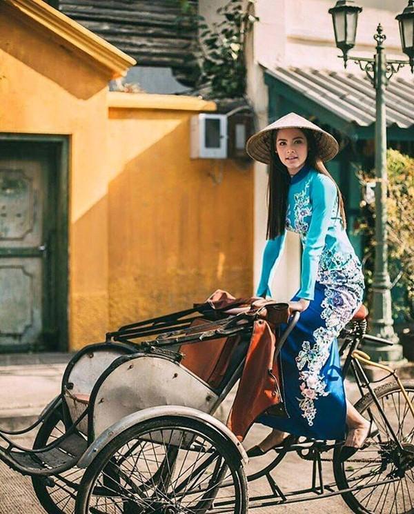 Dàn mỹ nhân, tiểu thư tài phiệt showbiz Thái du lịch Việt Nam: Biến TP.HCM, Đà Nẵng và các địa điểm đẹp như phim - Ảnh 4.