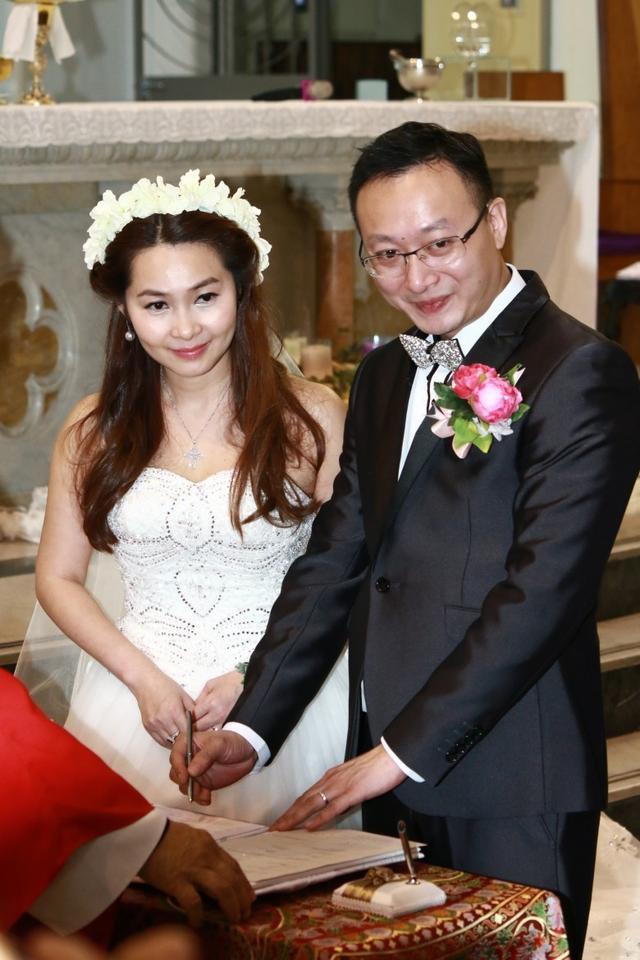 Mỹ nhân phim 18+ Hong Kong: Giải nghệ thành công chúa Philippines, lấy chồng tỷ phú - Ảnh 7.