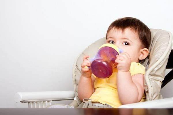 Người mẹ trẻ chia sẻ 4 bước đơn giản để cai sữa cho con một cách nhẹ nhàng, dứt điểm trong thời gian ngắn không ngờ - Ảnh 2.