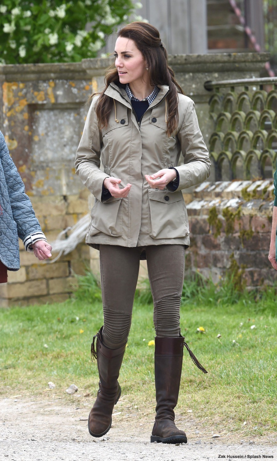 Kate-Middleton-Farm-Visit