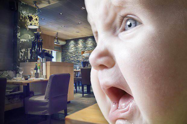 Trẻ em la hét, khóc lóc trong nhà hàng gây ảnh hưởng đến thực khách, ông chủ ngay lập tức đưa ra quy định cấm trẻ em dưới 7 tuổi - Ảnh 2.