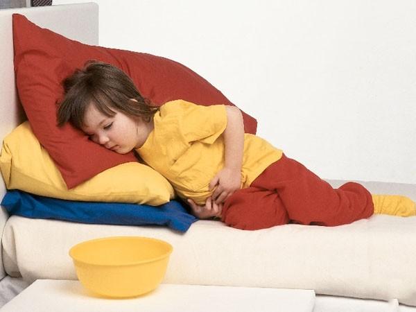 Con bị đau bụng không rõ nguyên nhân thì đây chính là điều cha mẹ nên làm luôn và ngay - Ảnh 2.