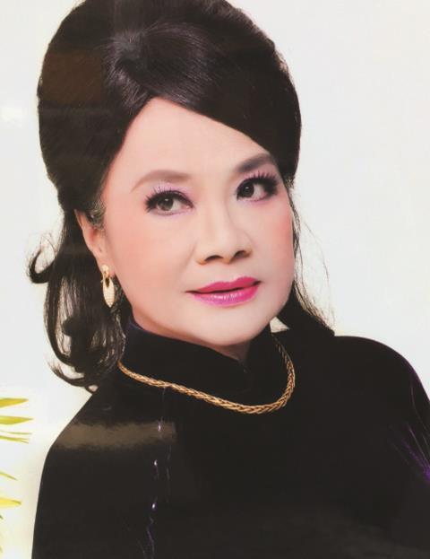 Nghệ sĩ Tú Trinh - Người mẹ trong ký ức tuổi thơ: Khi trẻ khiến ai cũng khiếp sợ, về già lấy nước mắt triệu người vì quá đáng thương - Ảnh 2.