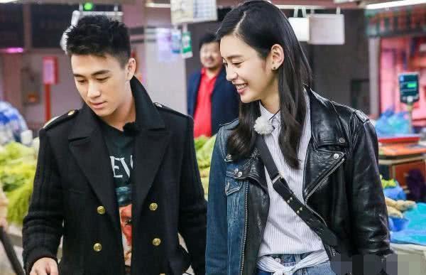Thiếu gia trùm sòng bạc Macau bao trọn trung tâm thương mại, mua 99,999 bông hoa hồng để cầu hôn chân dài Victorias Secret - Ảnh 5.