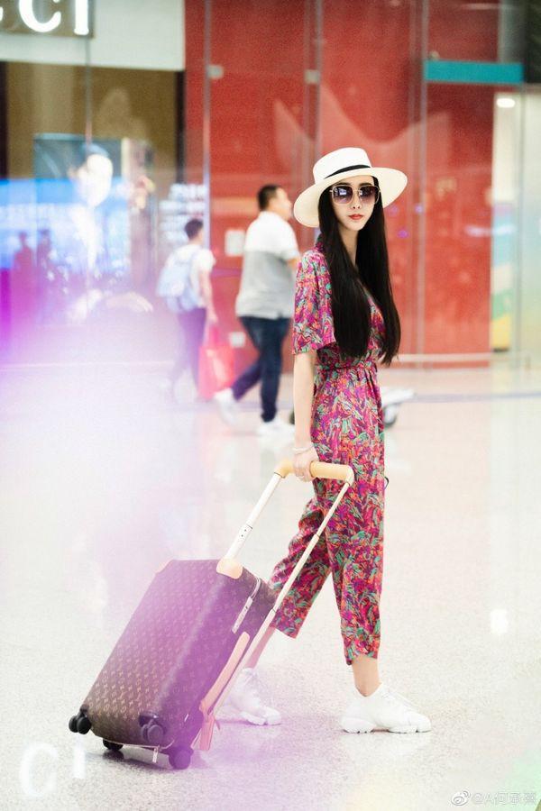 """Xuất hiện Phạm Băng Băng """"nhái"""" đi dự LHP Cannes  - Ảnh 7."""